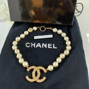 🌸CHANEL PEARL CC CHOCKER🌸